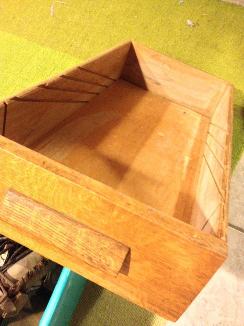 Upcycle Old Drawers Into Decorative Shelves | Repurposed