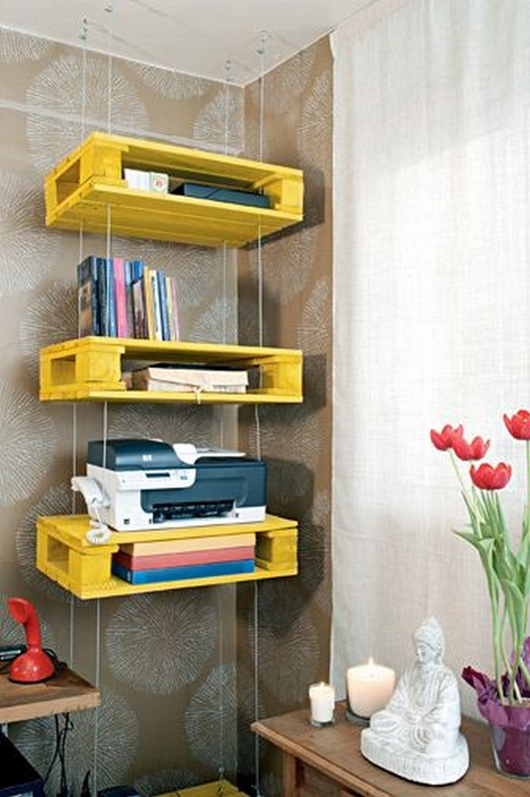 Shelves Made With Recycled Wood Pallets | Pallet Wood Projects