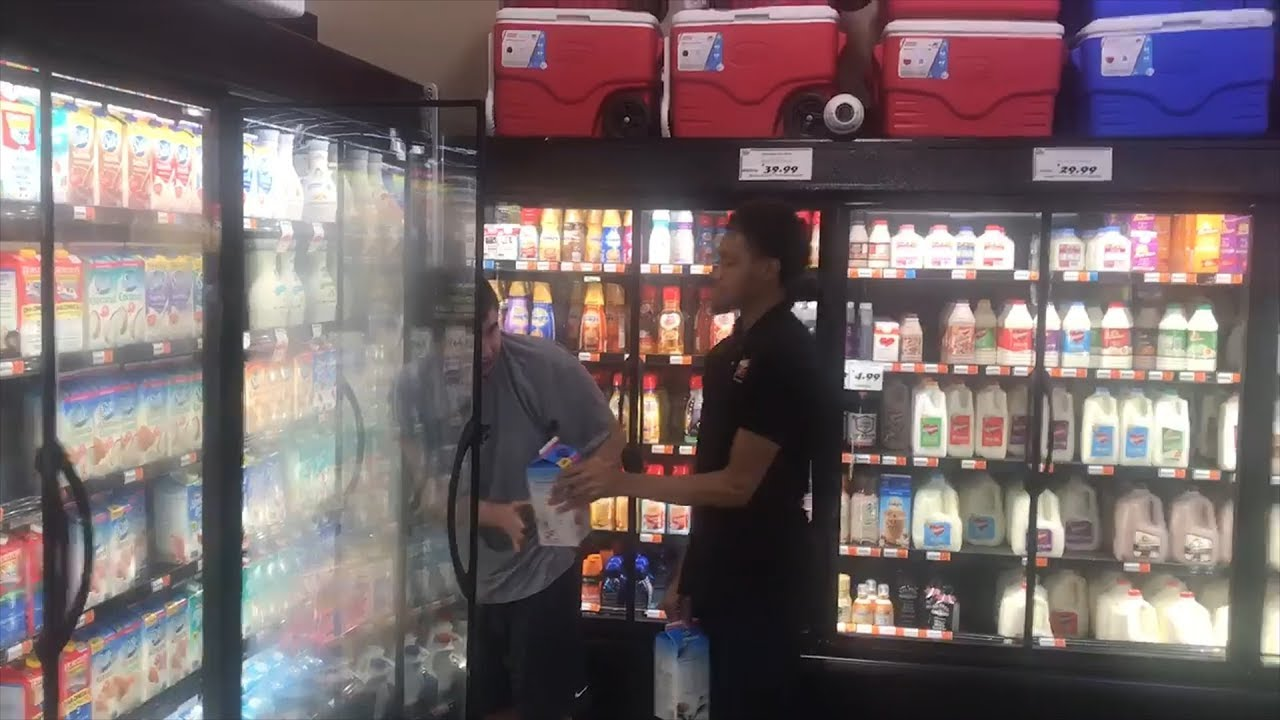 Kind Supermarket Employee Lets Teen With Autism Help Him Stock Shelves