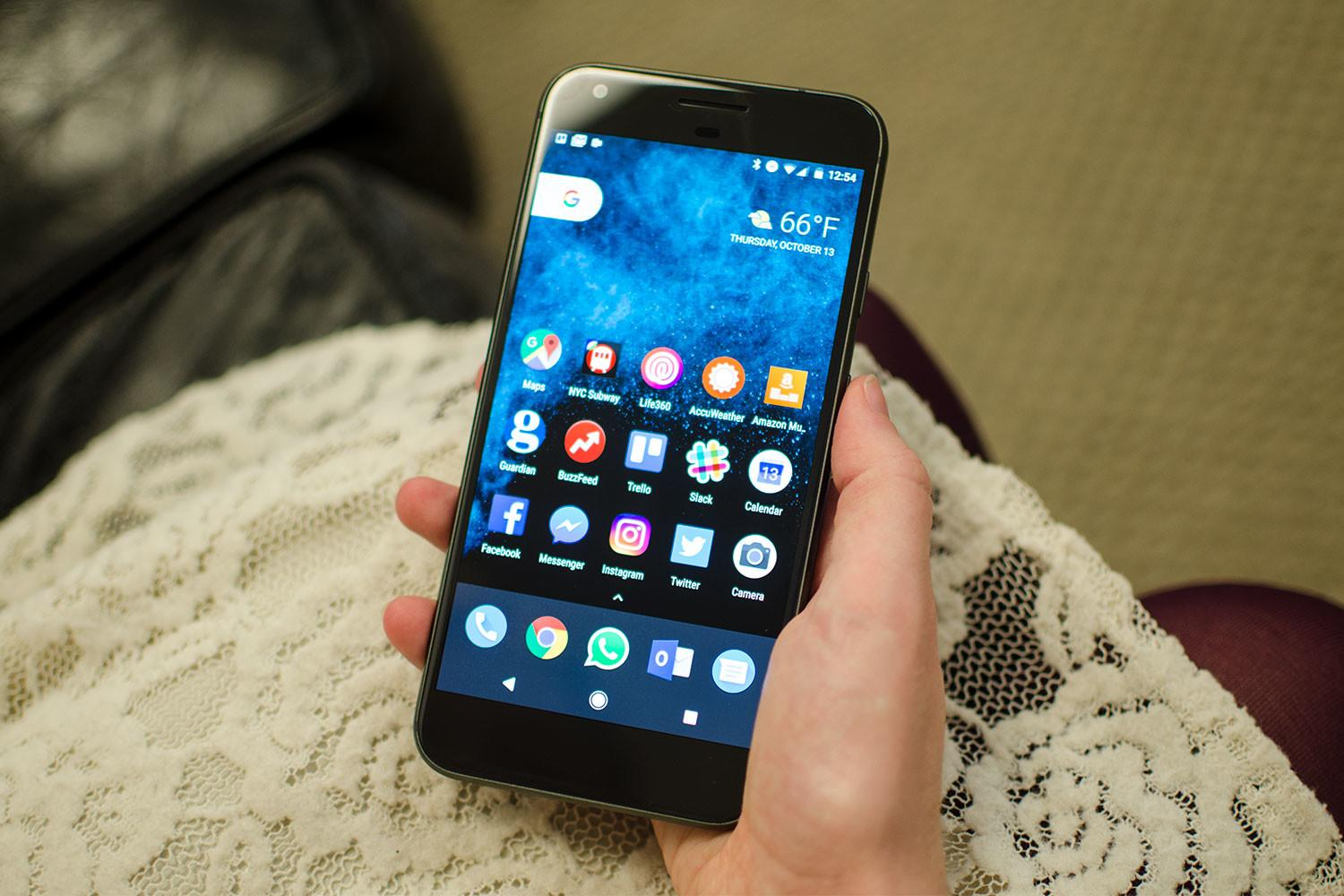 Flying Off The Shelves: Demand For The Pixel And Pixel Xl Now