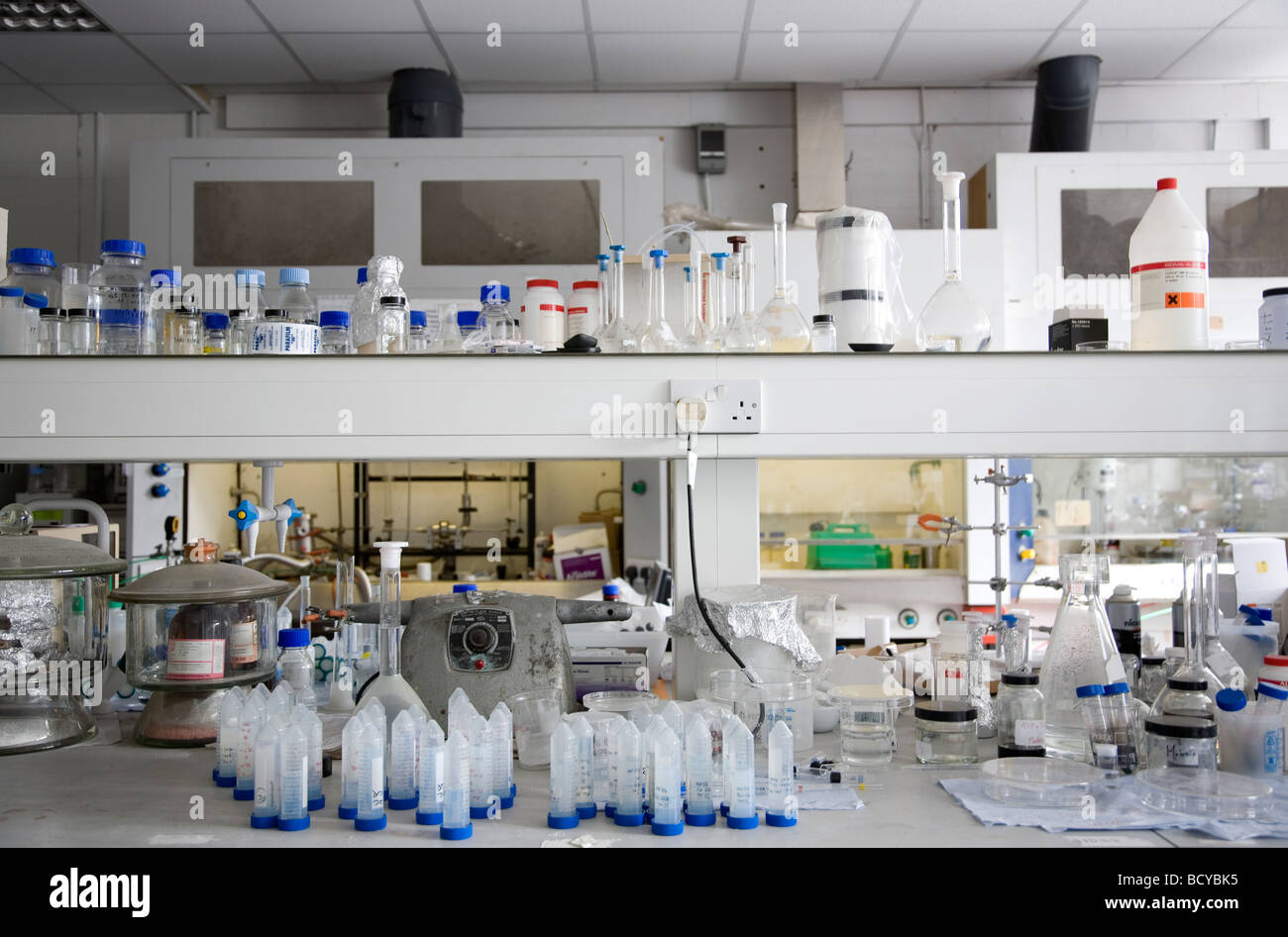 Busy Lab Shelves In Laboratory Stock Photo: 25188105 - Alamy