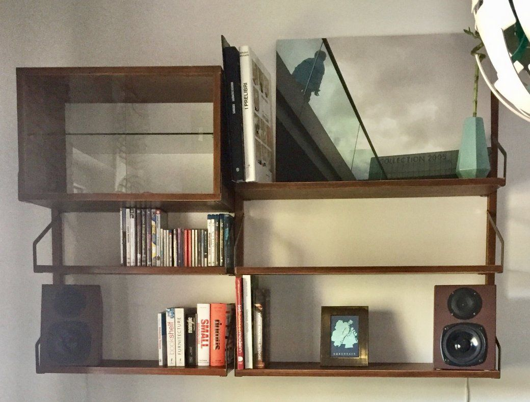 Svalnã�s Wall Mounted Shelves Ala The Royal Systemâ®   Dining Room