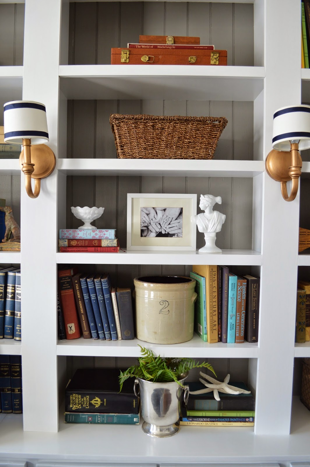 Right Up My Alley: Tips For Styling Bookshelves