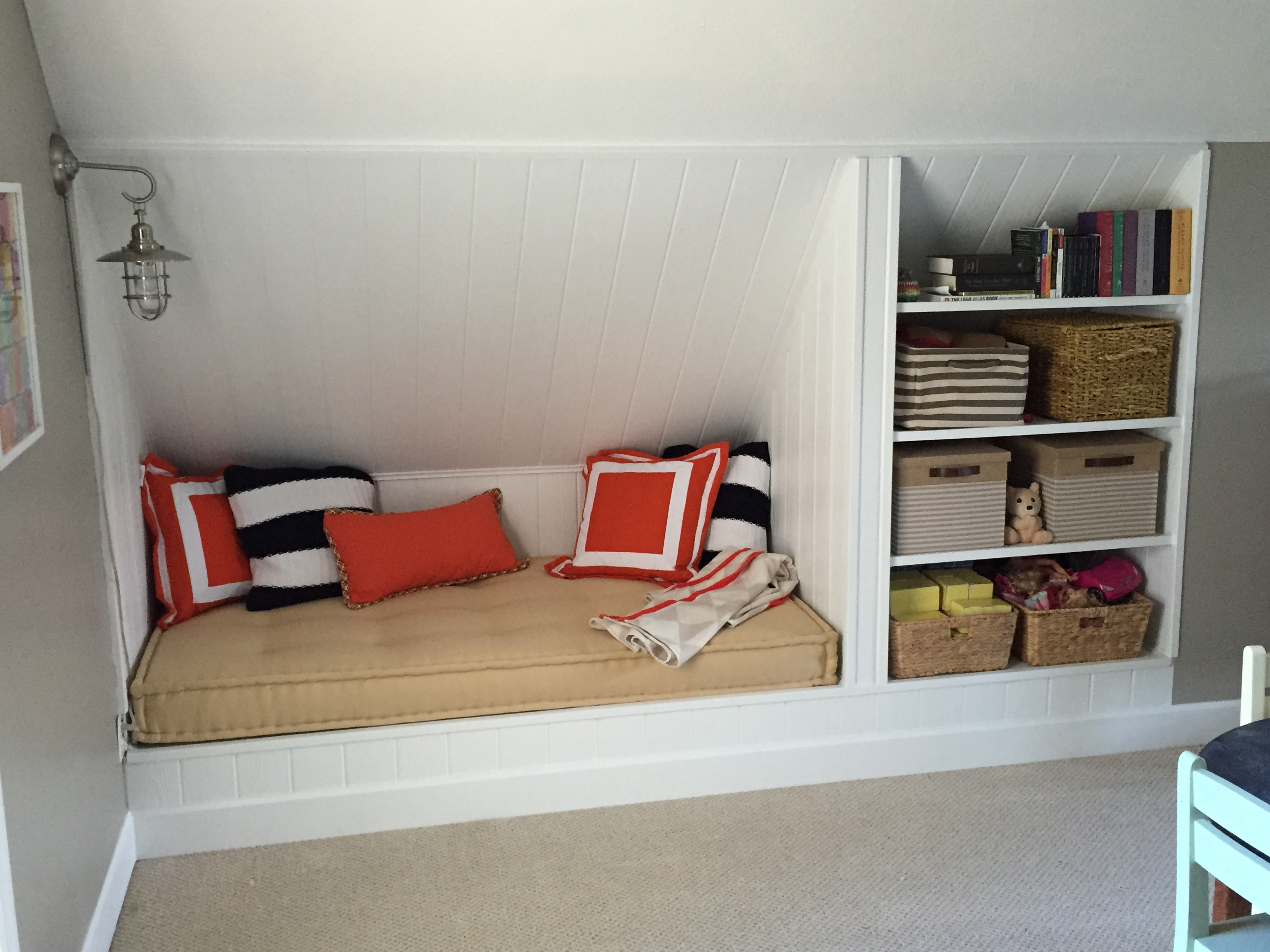 Built-in Daybed And Shelves – Lefty Loosey
