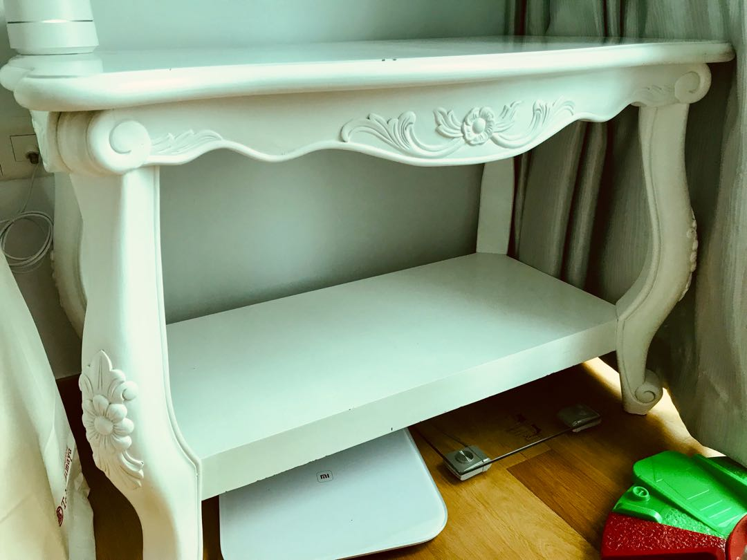 Victorian Style Shelf, Furniture, Shelves & Drawers On Carousell