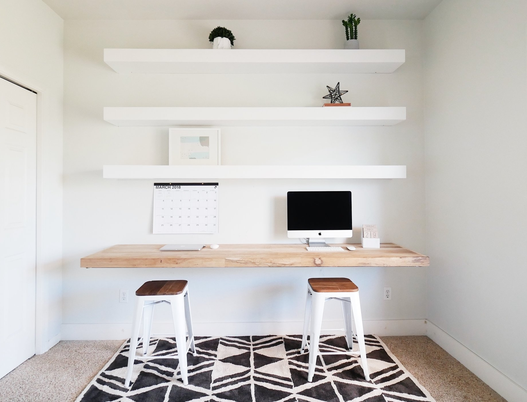 The Easy Way To Decorate Your Office Shelves — Mint & Pine