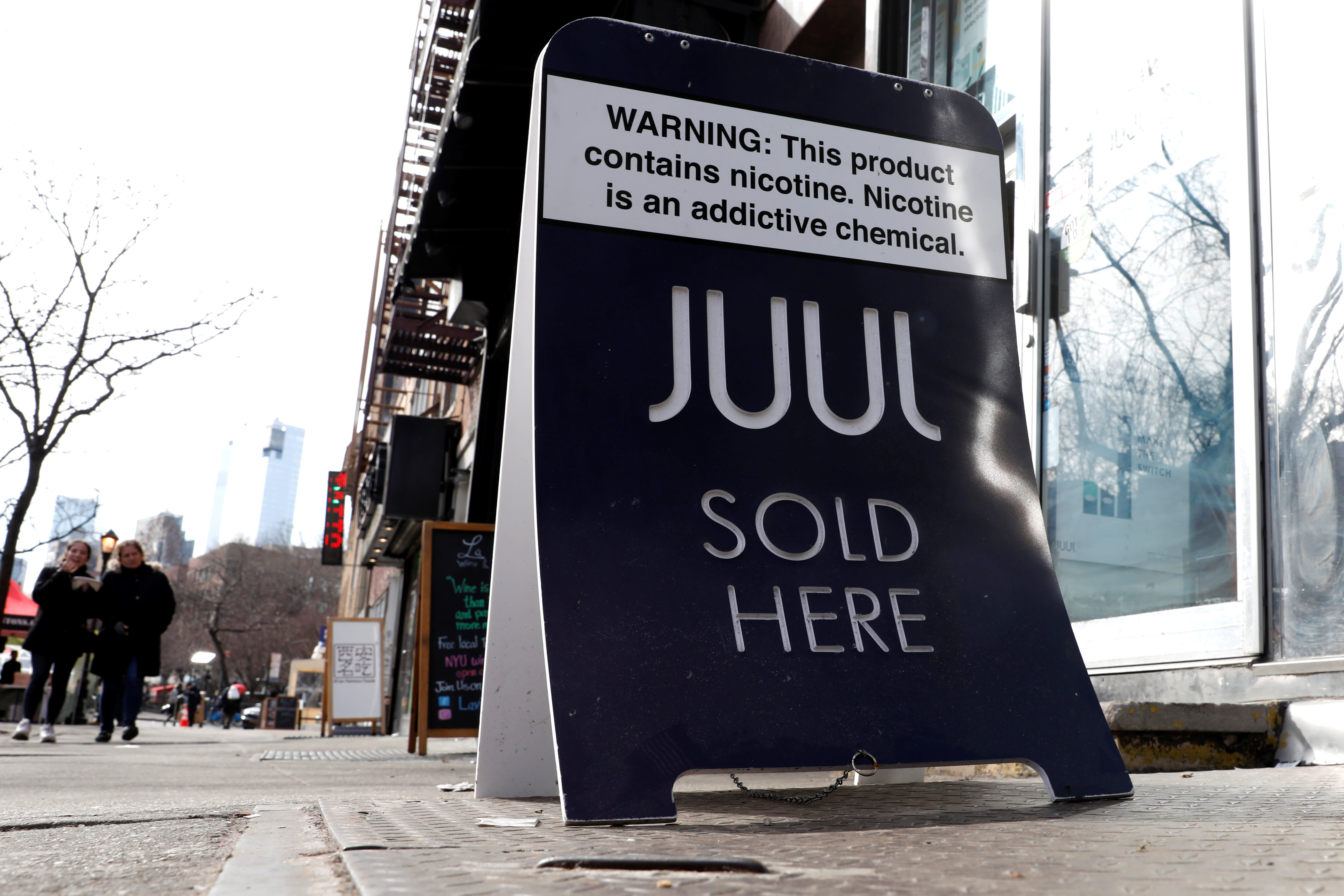 Fake Juul Pods Fill Shelves After Vaping Giant Pulled Fruity